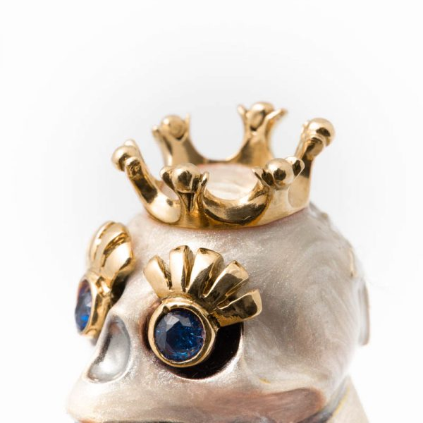 Crown and Eyelashes Yellow Gold