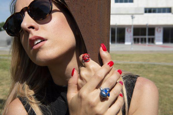 Divina Skull anelli teschio occhiali cuore aine rosso blu