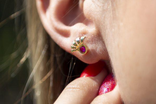 Divina Skull orecchino ciglia frida